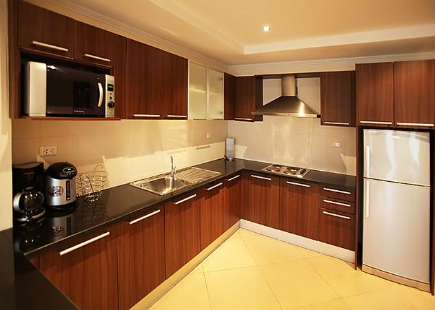 The Residence apartments - Large kitchen