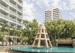 Club Royal Pattaya CRA408 communal pool