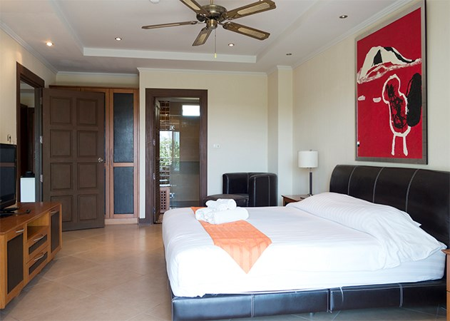 CONDO FOR SALE NEAR PATTAYA